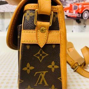 Louis Vuitton Bags - Louis Vuitton Monogram Sologne